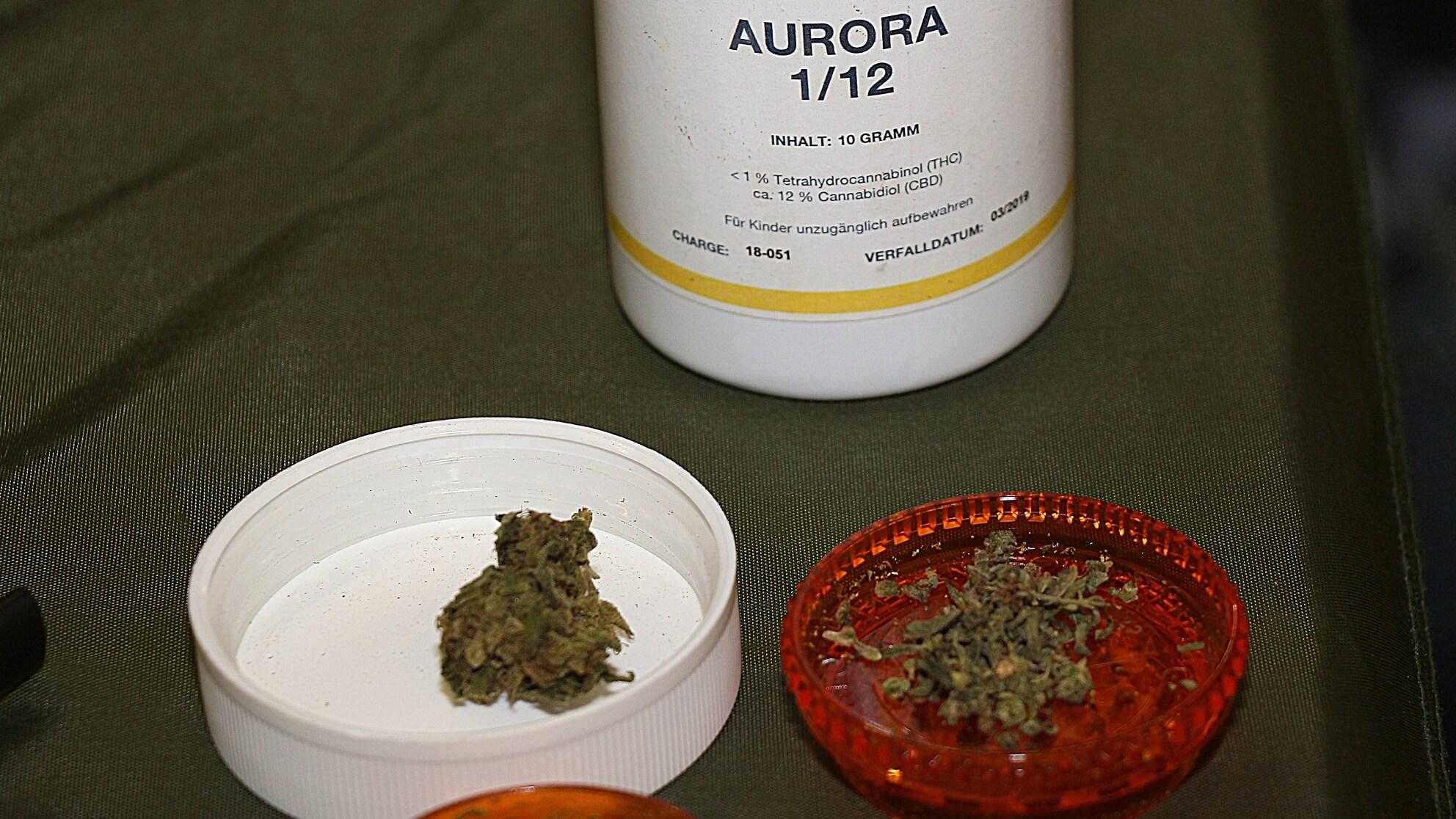 Vielen Patienten hilft CBD, nicht THC – hier das Apotheken-Cannabis mit dem Schwerpunkt auf Cannabidiol