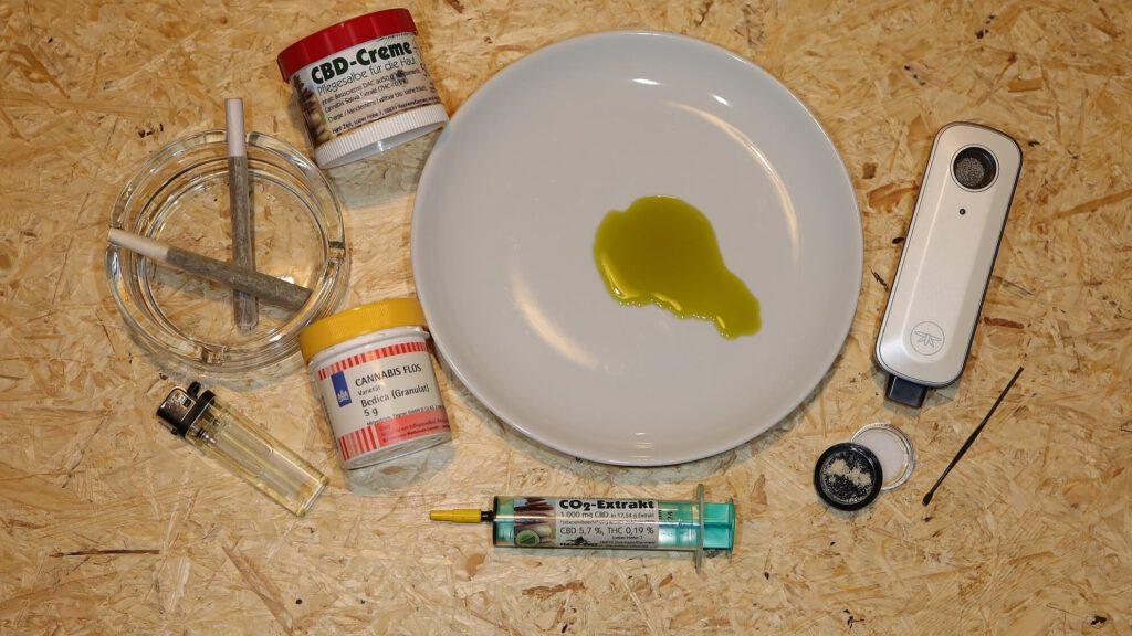 Einnahmeformen für Medizinalhanf – rauchen, essen, verdampfen, einreiben