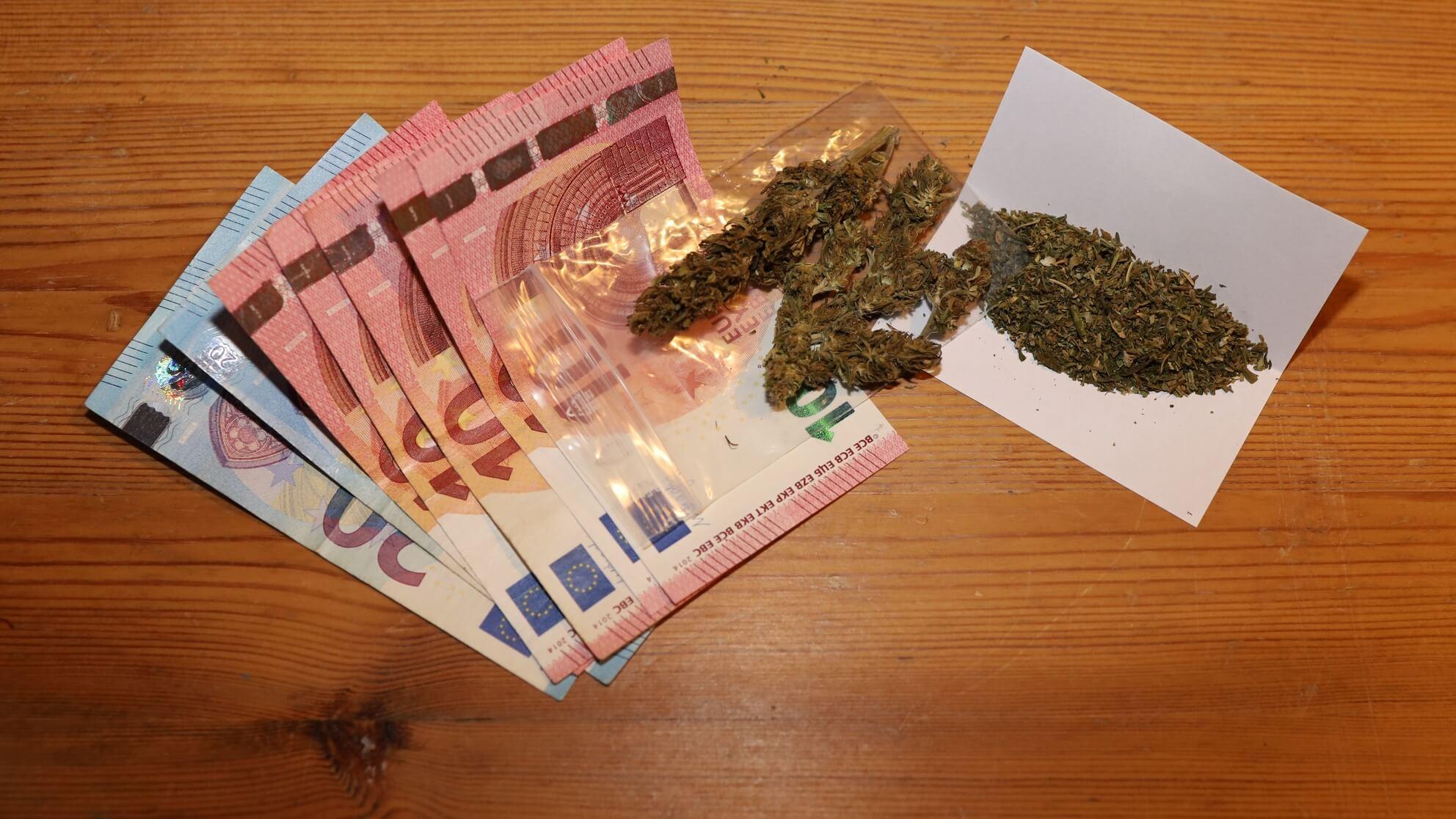 Das wohl einzig sichere Investment in Cannabis: Dieses Marihuana löst sich garantiert in Rauch auf!